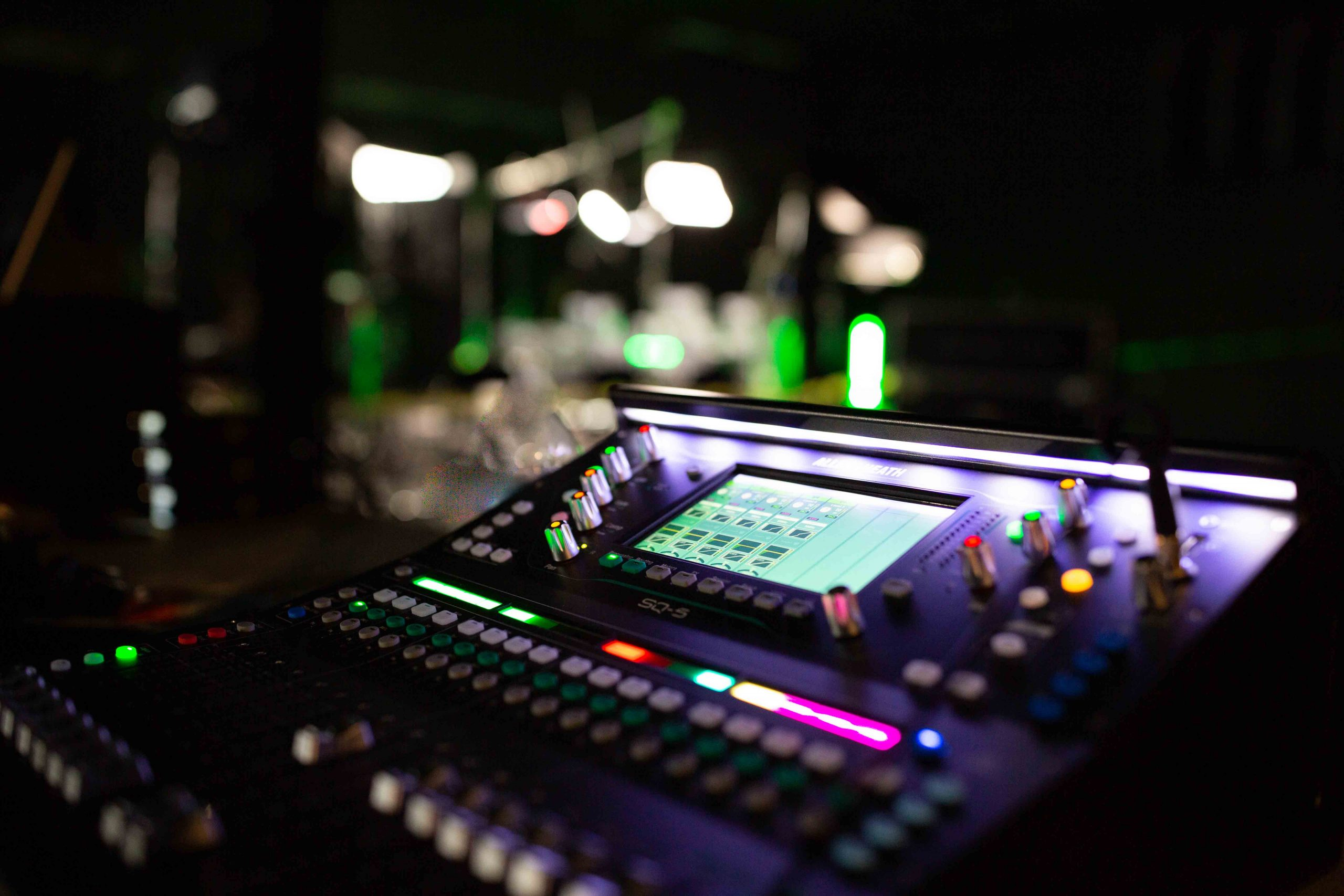 sound mixing equipment for live streaming